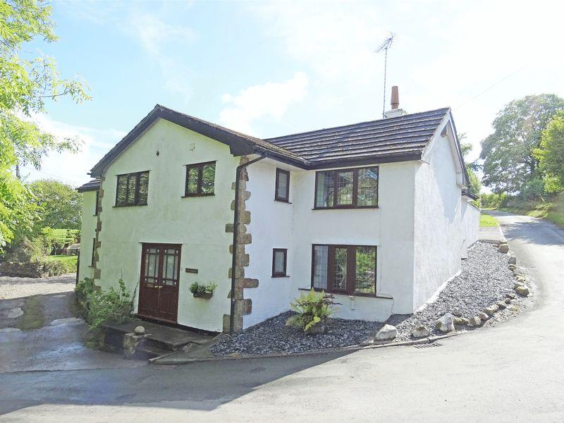 4 Bedrooms Unique Property for sale in Pentre Fron Road, Wrexham
