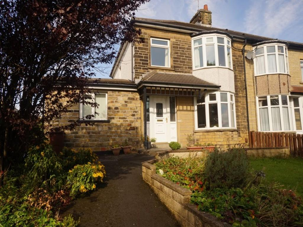 4 Bedrooms Semi Detached House for sale in The Avenue, BRADFORD
