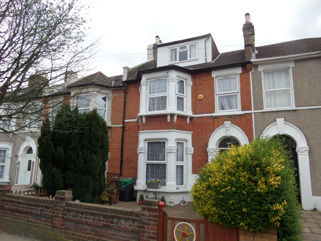 5 Bedrooms Terraced House for sale in Ardgowan Road, London