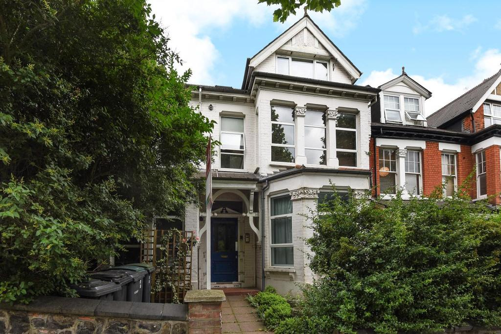1 Bedroom Flat for sale in Muswell Hill Road, Muswell Hill