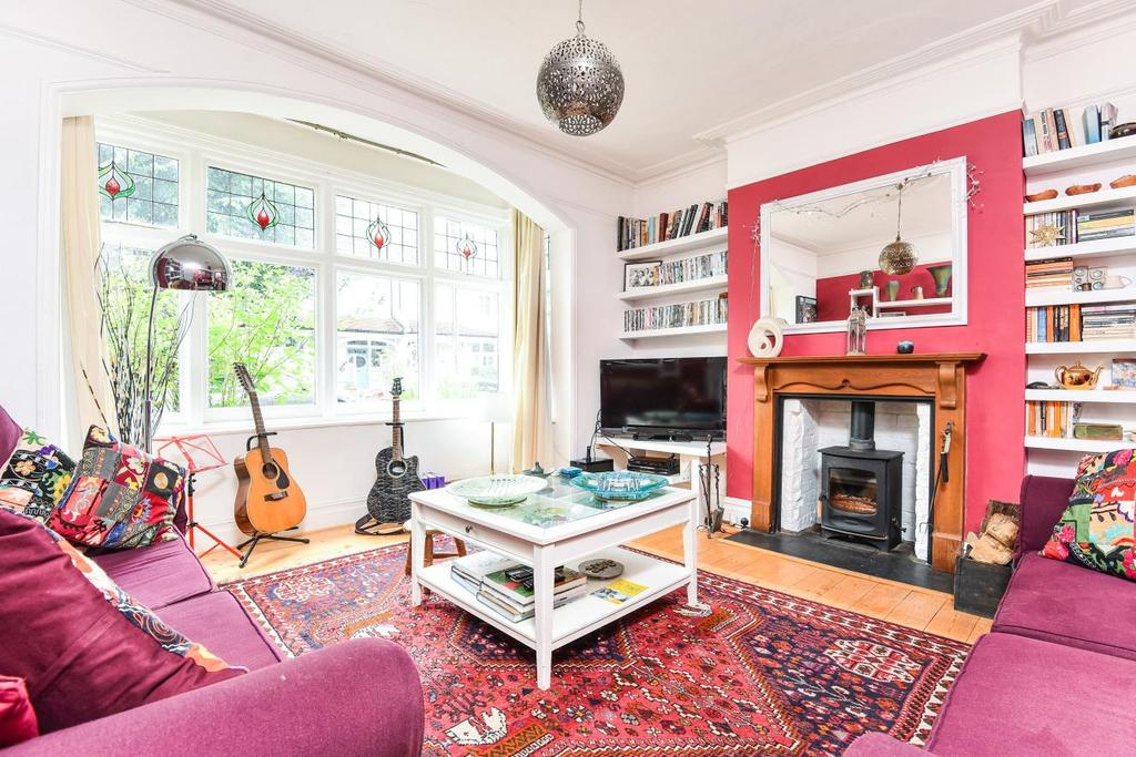 5 Bedrooms Semi Detached House for sale in Woodnook Road, Furzedown