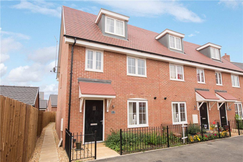 3 Bedrooms End Of Terrace House for sale in Darwin Croft, Flitwick, Bedfordshire