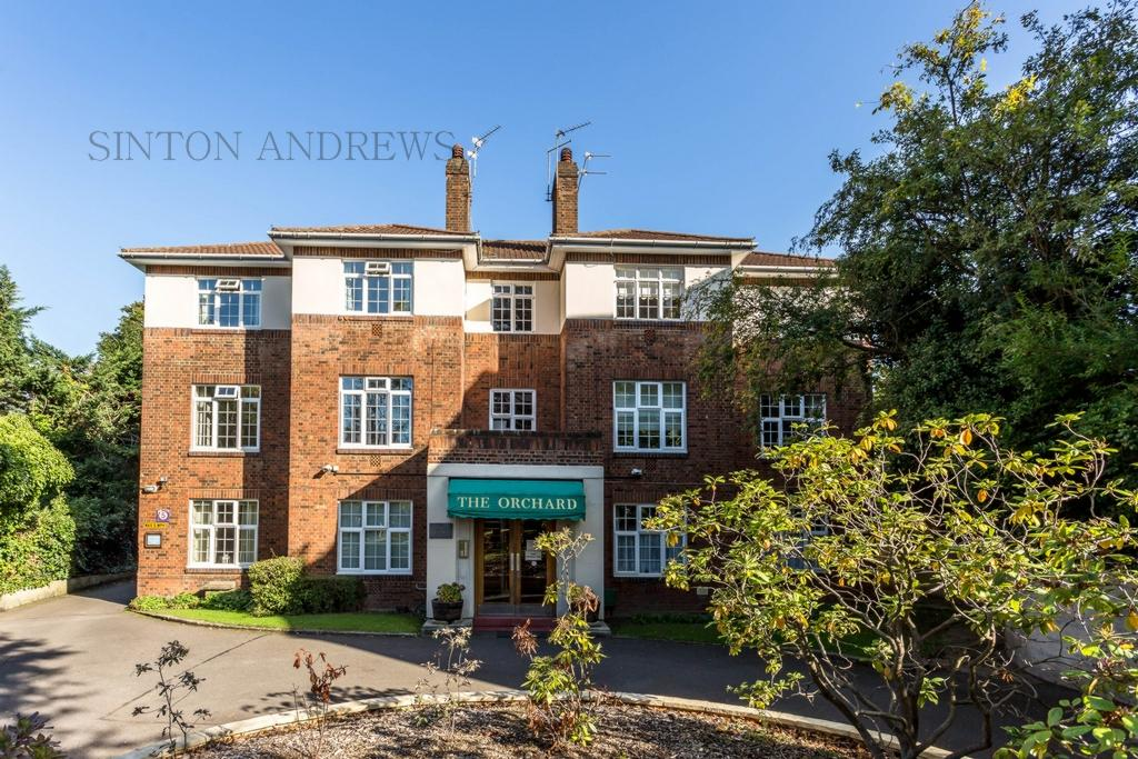 3 Bedrooms Flat for sale in The Orchard, Montpelier Road, W5