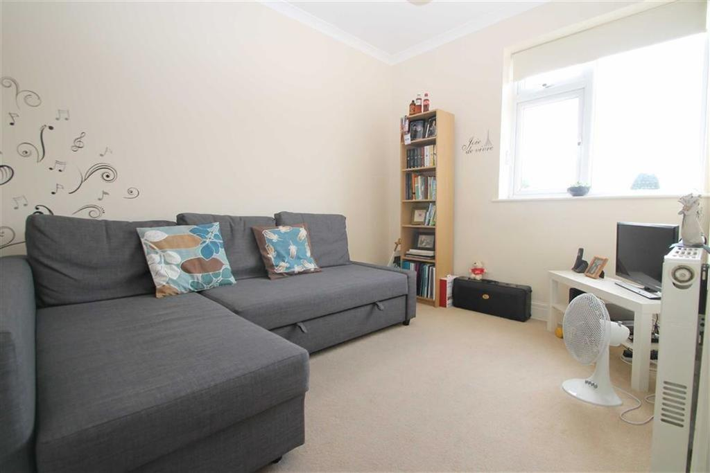 1 Bedroom Maisonette Flat for sale in Caerphilly Road, Cardiff