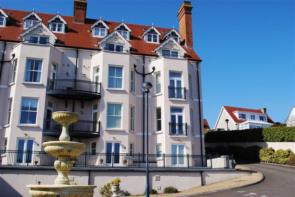 2 Bedrooms Flat for sale in 9, Mansion House, Tenby, SA70