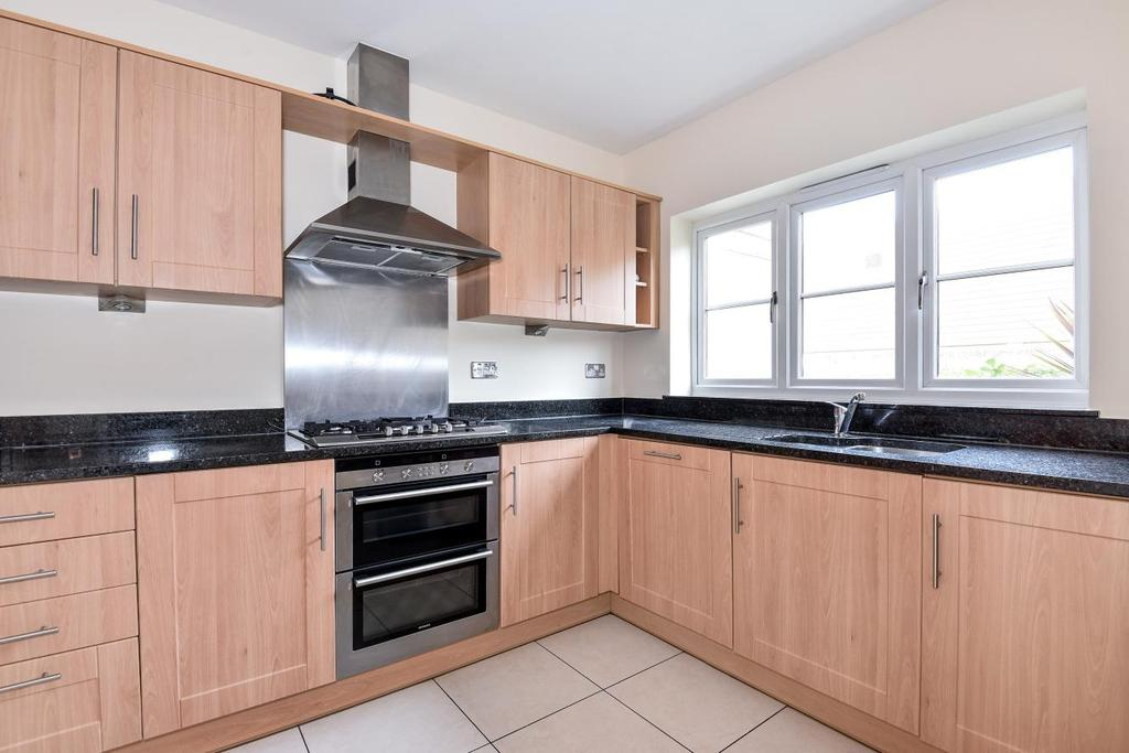 3 Bedrooms Terraced House for sale in St. Francis Place, Balham