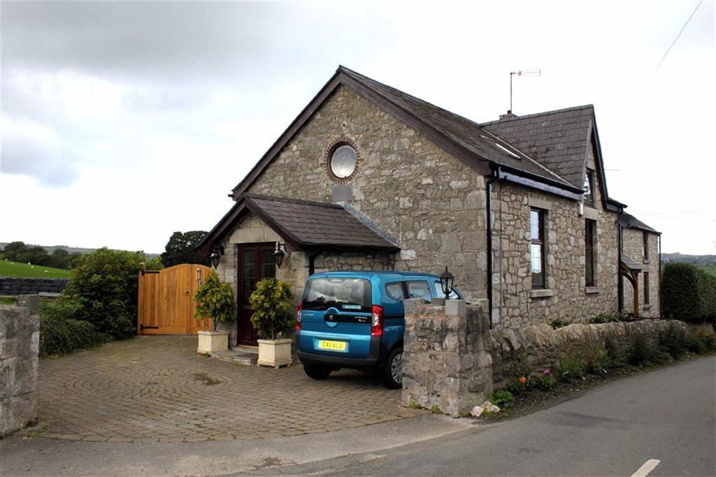 3 Bedrooms Semi Detached House for sale in Betws Yn Rhos, Abergele