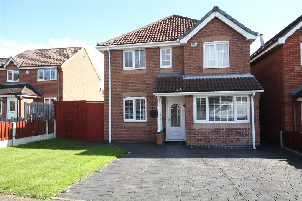 3 Bedrooms Detached House for sale in Field Drive, Cudworth, Barnsley, S72
