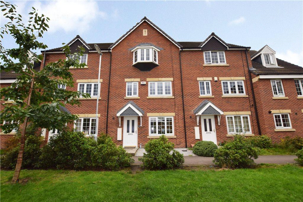 4 Bedrooms Town House for sale in Steel Green, Leeds, West Yorkshire