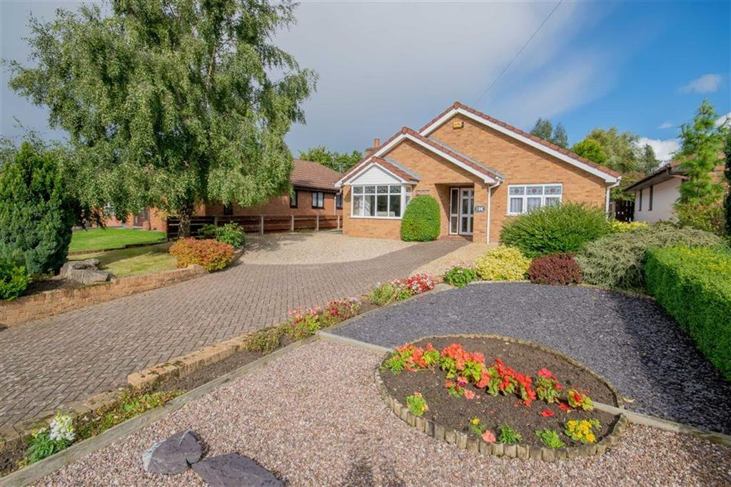 3 Bedrooms Detached Bungalow for sale in Park Avenue, Bryn-y-Baal, Mold