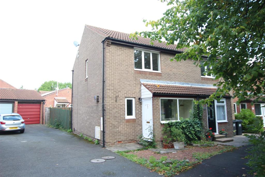 2 Bedrooms Semi Detached House for sale in Stonehaven Way, Darlington