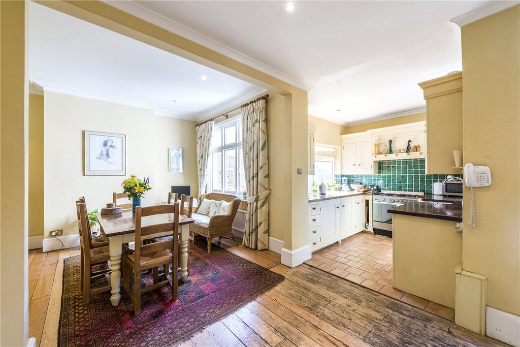 4 Bedrooms Terraced House for sale in Clavering Avenue, London, SW13
