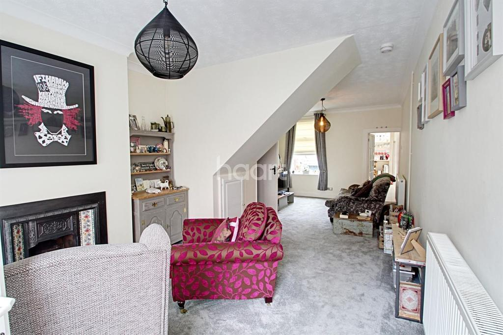 3 Bedrooms Terraced House for sale in Tewkesbury Street, Leicester