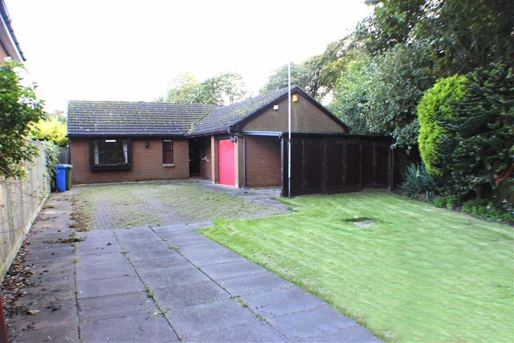 3 Bedrooms Detached Bungalow for sale in Wensleydale Close, Bridlington, East Yorkshire