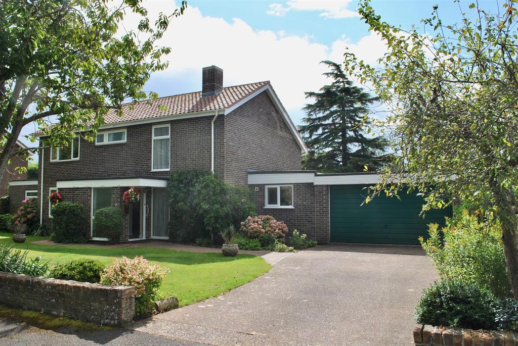 5 Bedrooms Detached House for sale in Fouracres Close, Taunton