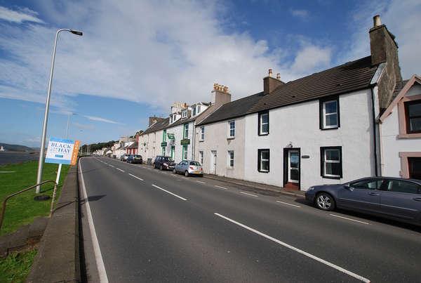 2 Bedrooms Terraced House for sale in Ryanbank 5 Main Street, Cairnryan, Stranraer, DG9 8QX