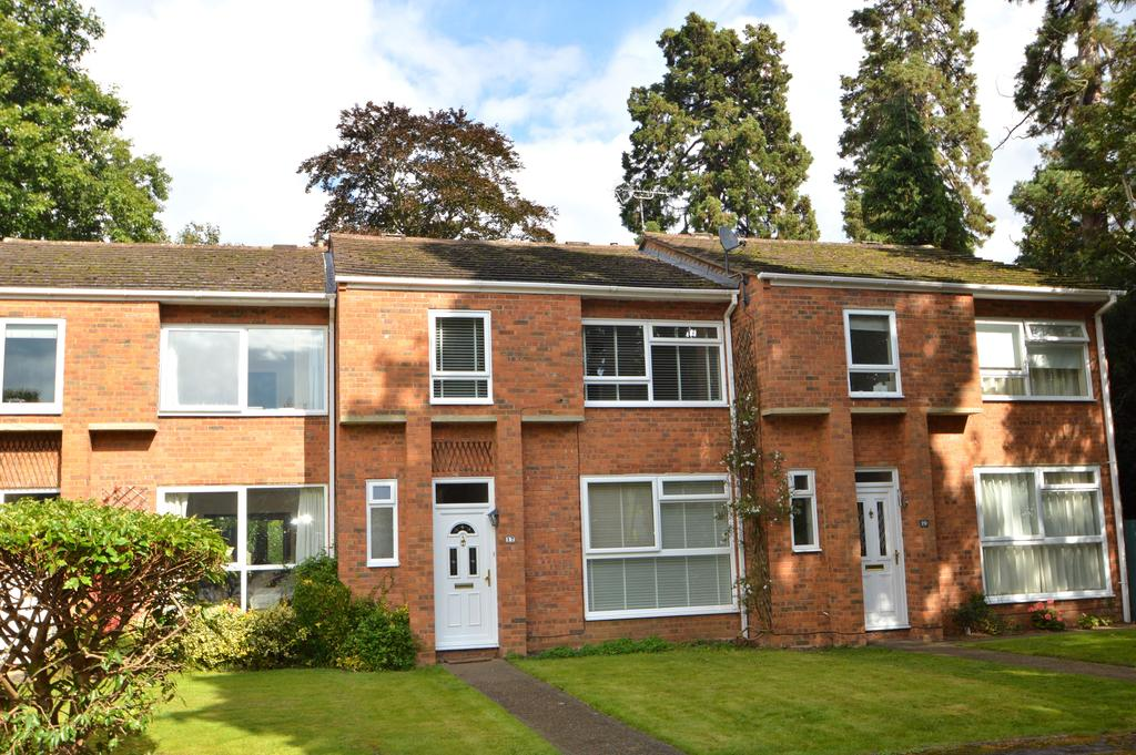 4 Bedrooms Terraced House for sale in Egerton Place, Weybridge KT13