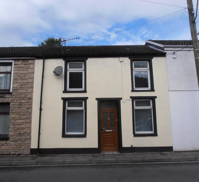 3 Bedrooms Terraced House for sale in Fforchaman Road, Cwmaman, Aberdare