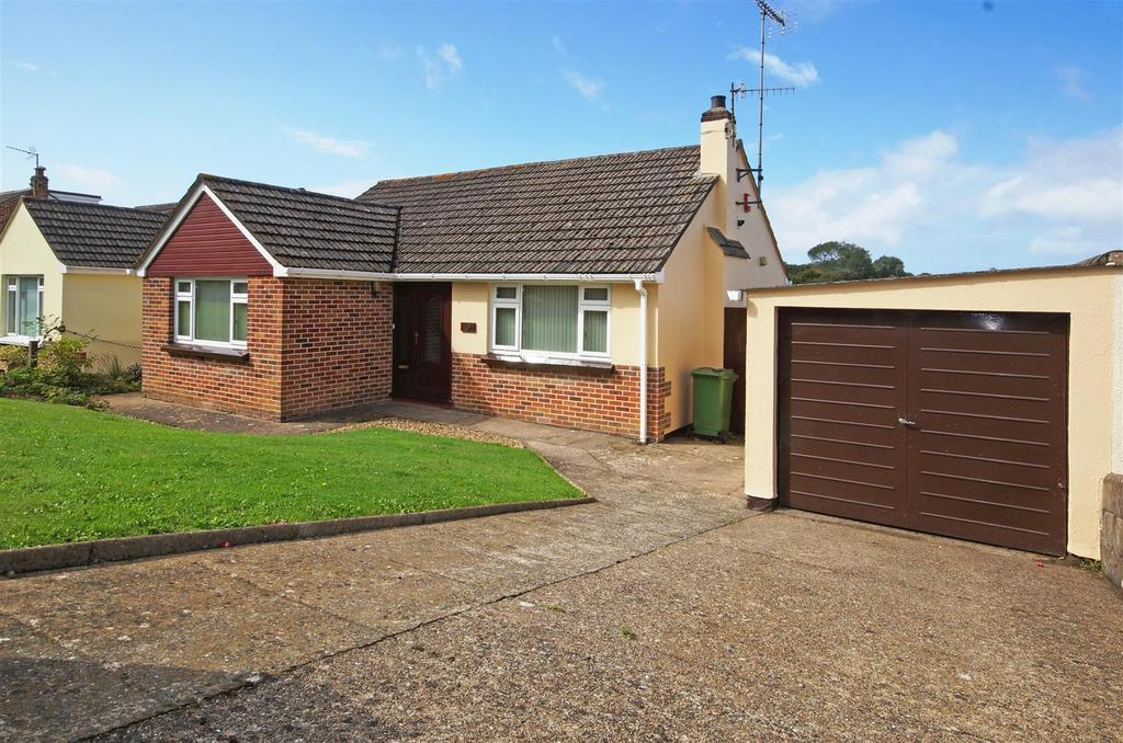 2 Bedrooms Detached Bungalow for sale in Moreton Avenue, Bideford