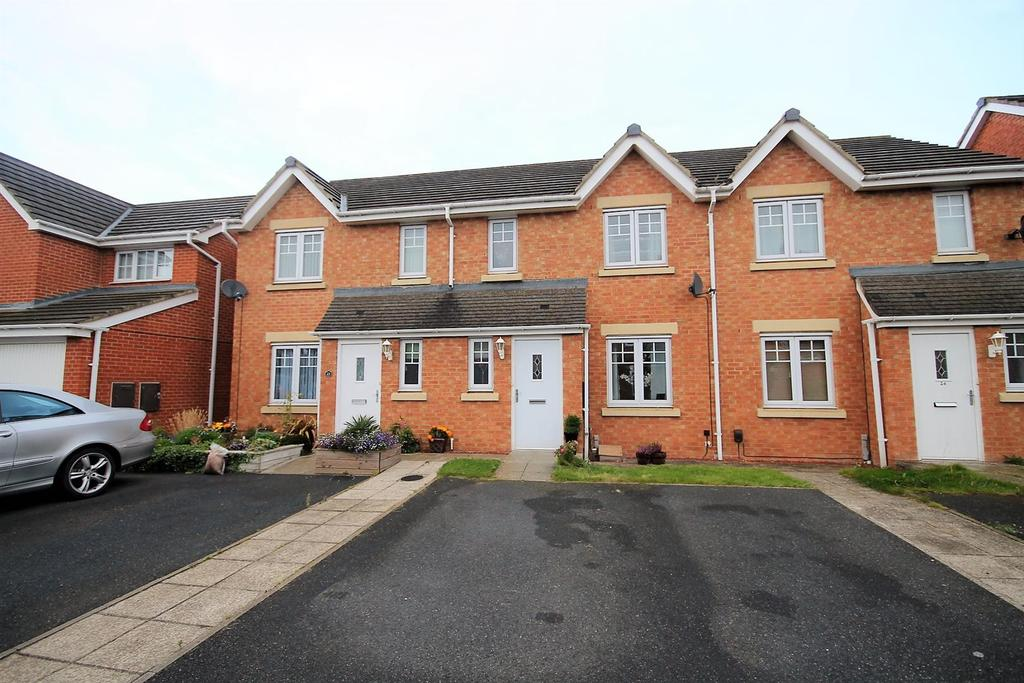 3 Bedrooms Terraced House for sale in Wensleydale Gardens, Thornaby, Stockton-On-Tees