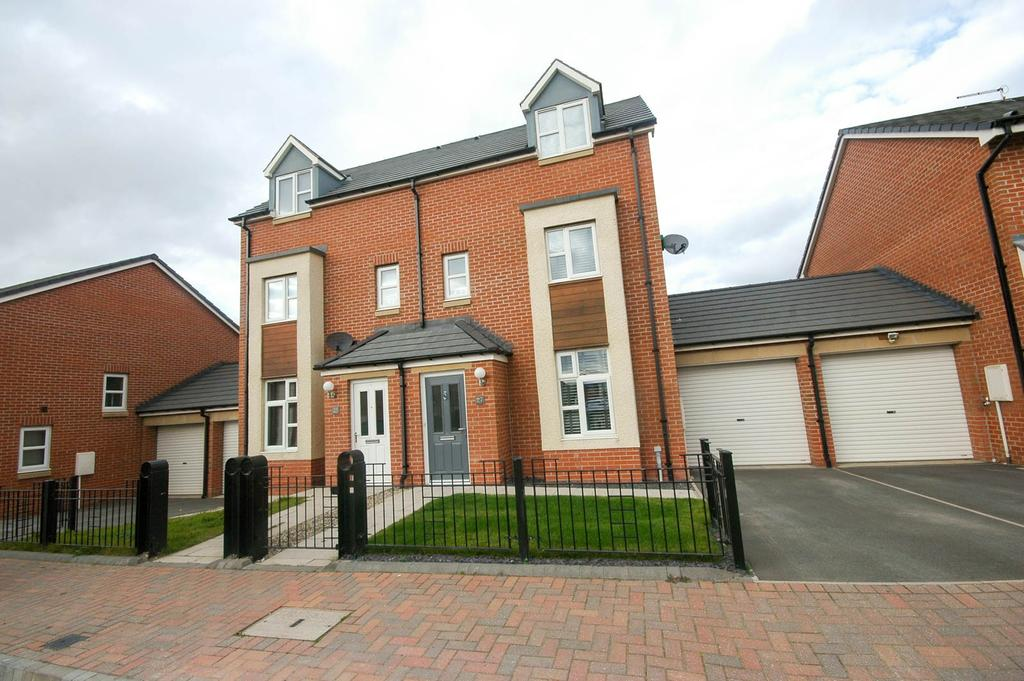 3 Bedrooms Town House for sale in Cherry Tree Walk, South Shields