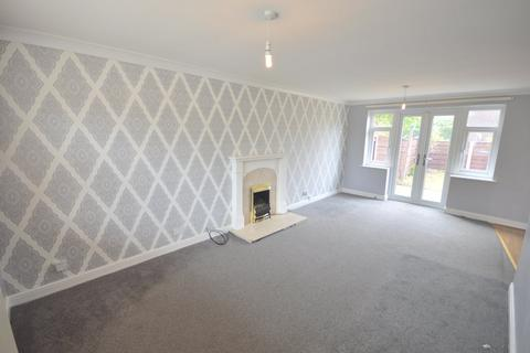 3 bedroom detached house to rent - Epping Drive, Sale