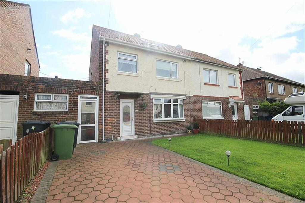 3 Bedrooms Semi Detached House for sale in Crieff Grove, Jarrow, Tyne And Wear