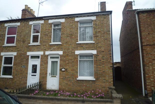 2 Bedrooms Semi Detached House for sale in Ramnoth Road, Wisbech, PE13