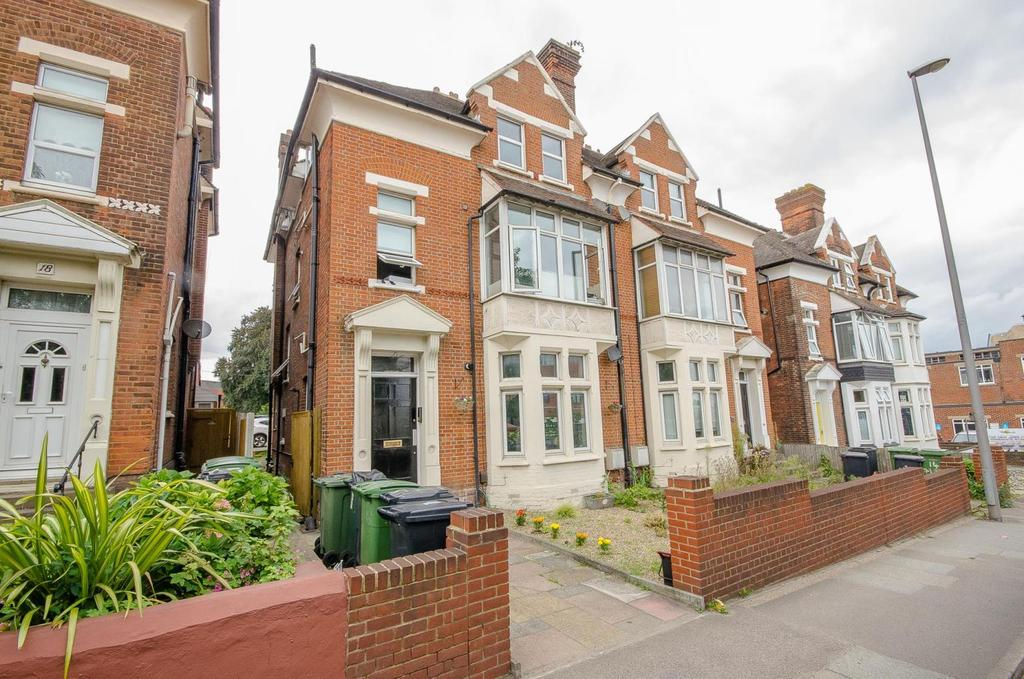 1 Bedroom Apartment Flat for sale in 16 Tonbridge Road, Maidstone, Kent
