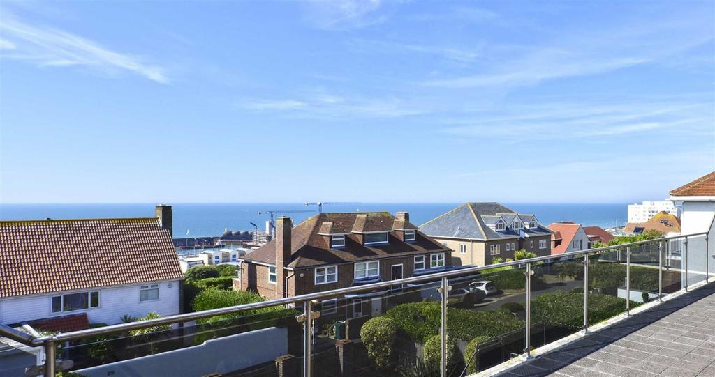 5 Bedrooms Detached House for sale in Roedean Road, Brighton, East Sussex