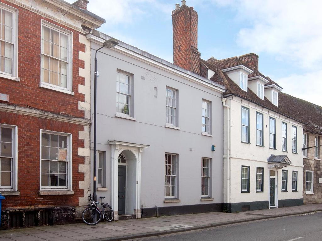 2 Bedrooms Flat for sale in Crane Street, Salisbury