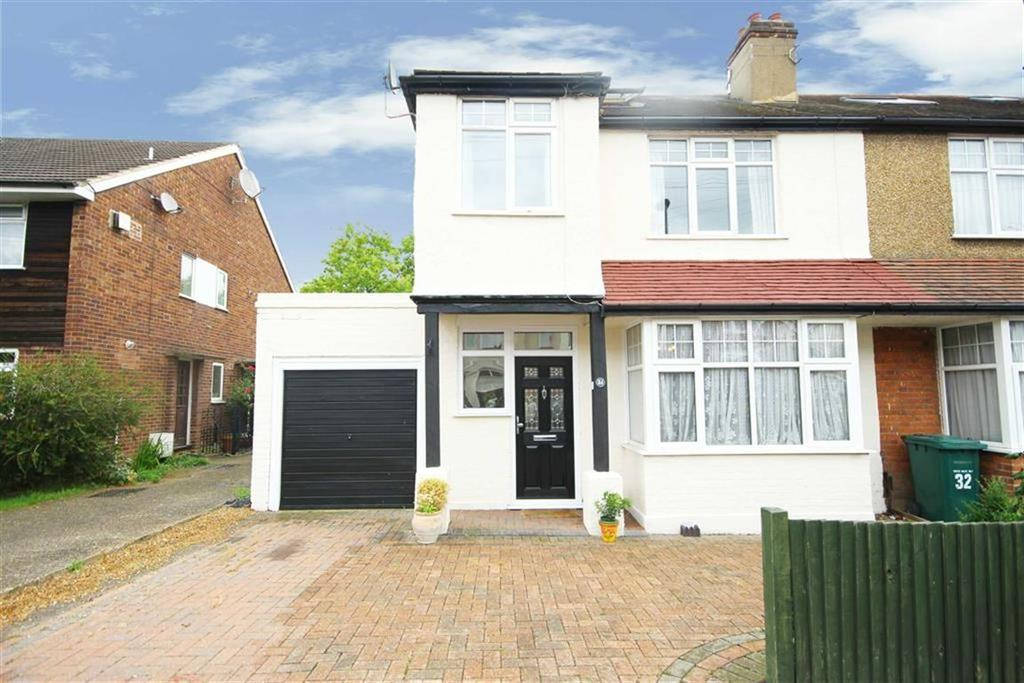 4 Bedrooms House for sale in Potters Road, New Barnet, Hertfordshire