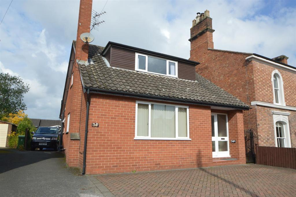 3 Bedrooms Detached House for sale in 34a Belle Vue Road, Shrewsbury, SY3 7LL