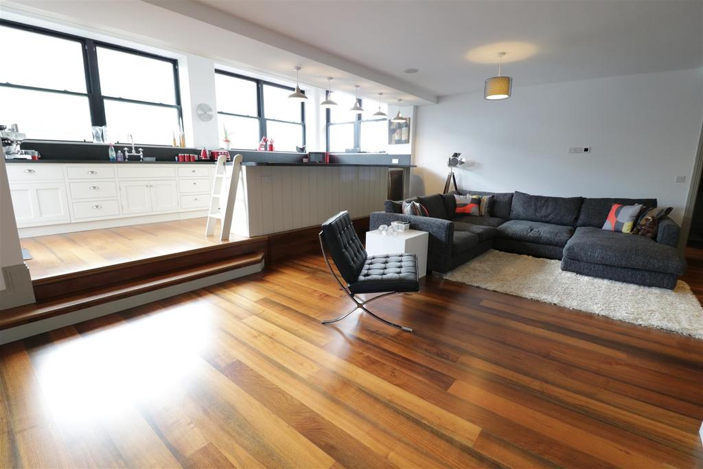 2 Bedrooms Apartment Flat for sale in 25 Kings Road, Reading