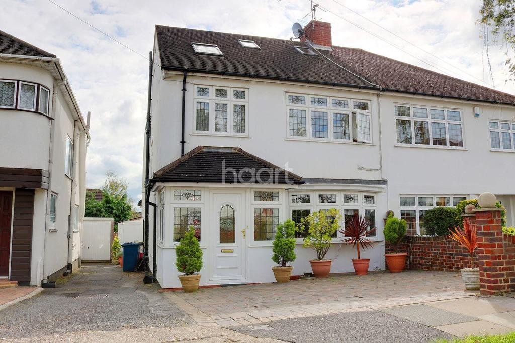 4 Bedrooms Semi Detached House for sale in Whitegate Gardens, HA3