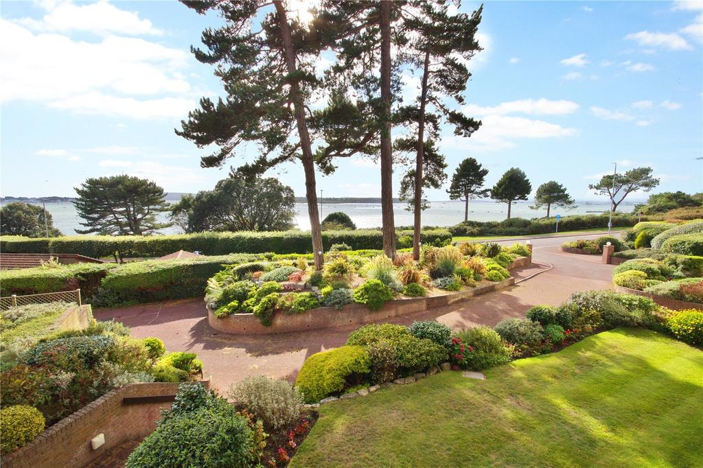 3 Bedrooms Flat for sale in Harbour Watch, 391 Sandbanks Road, Evening Hill, Poole, BH14