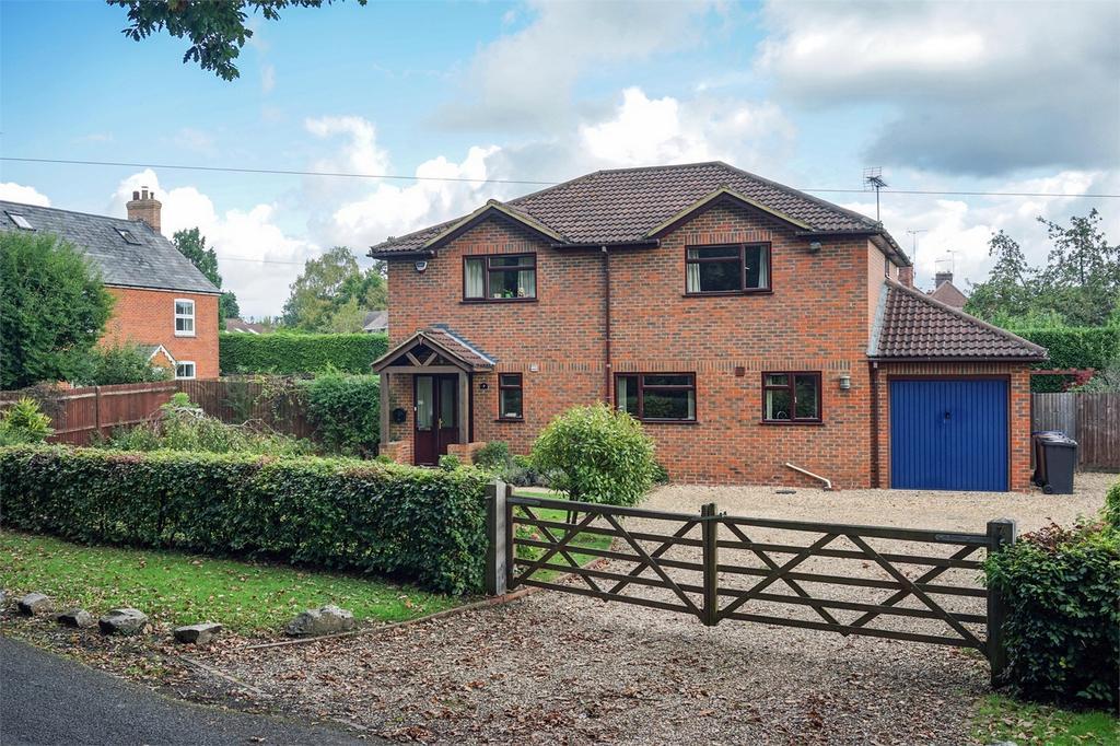4 Bedrooms Detached House for sale in Wrecclesham, Farnham, Surrey