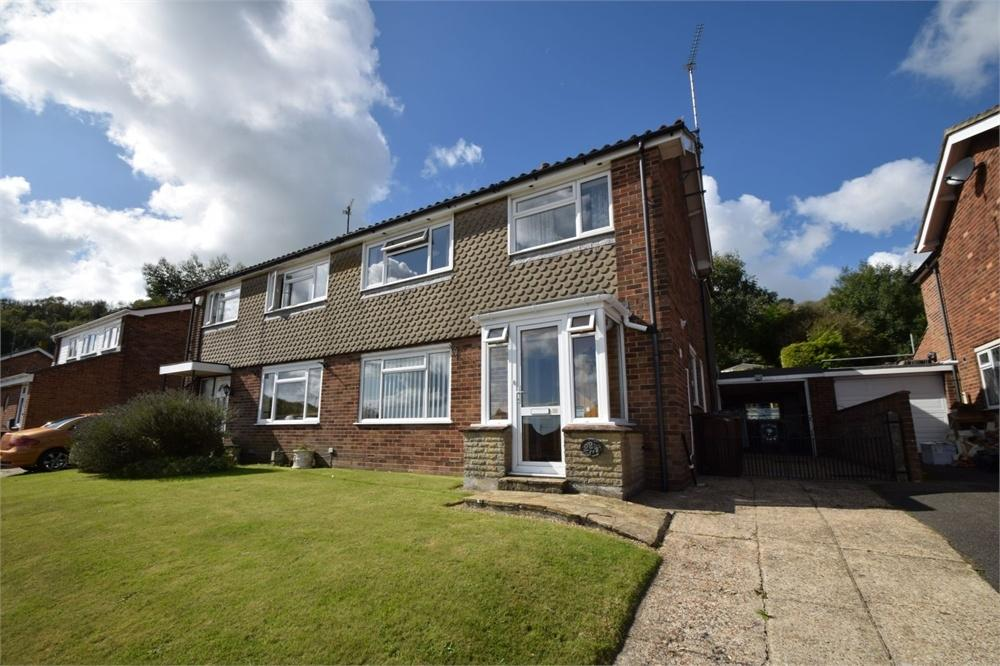 4 Bedrooms Semi Detached House for sale in Abbey Road, Old Town, East Sussex