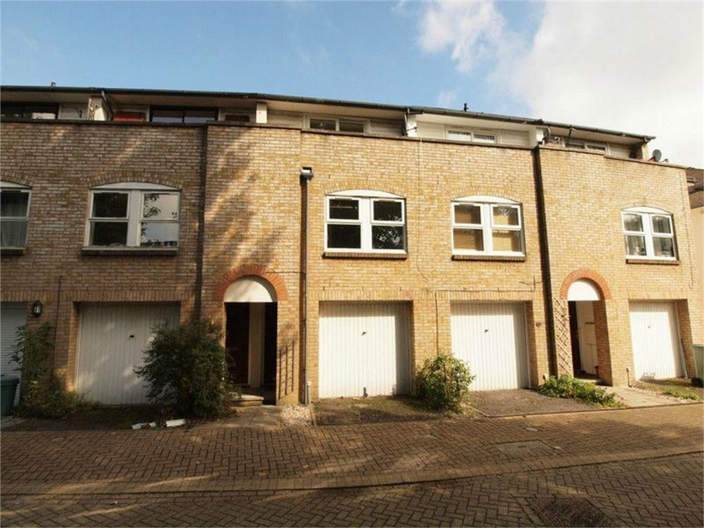 1 Bedroom Town House for sale in Saville Row, Hayes, Bromley