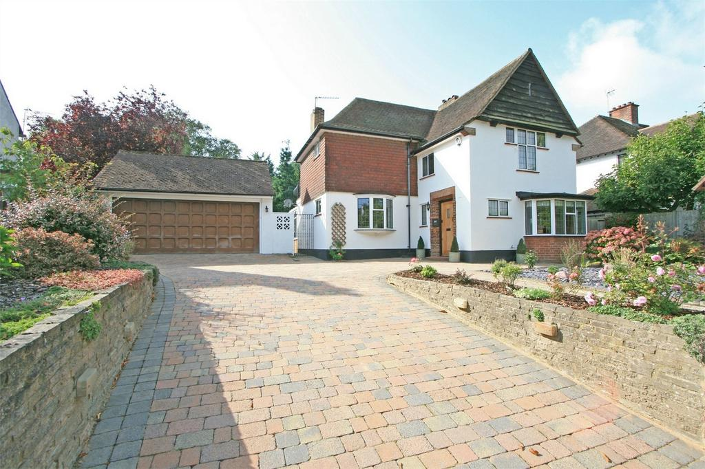4 Bedrooms Detached House for sale in Park Avenue, Bromley, Kent
