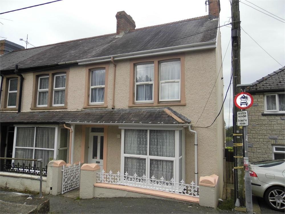 5 Bedrooms End Of Terrace House for sale in Nebraska, 7 Emlyn Terrace, Dyffryn, Goodwick, Pembrokeshire