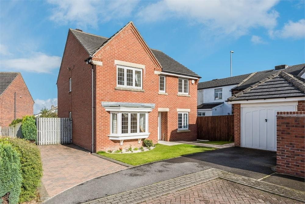 5 Bedrooms Detached House for sale in Meadow Croft, Drighlington, West Yorkshire
