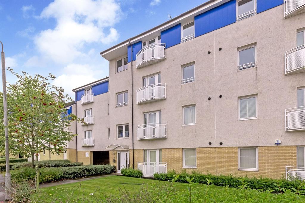 2 Bedrooms Flat for sale in Flat 2/2, 20 Netherton Gardens, Anniesland, G13