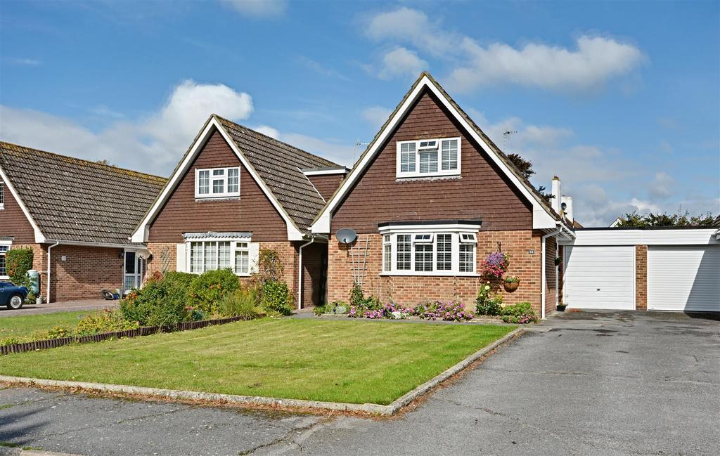 2 Bedrooms Detached House for sale in Heighton Close, Bexhill-On-Sea