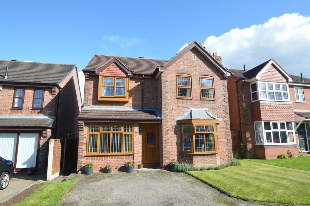 4 Bedrooms Detached House for sale in 3 Bayford Drive, Herongate, Shrewsbury, SY1 3XQ