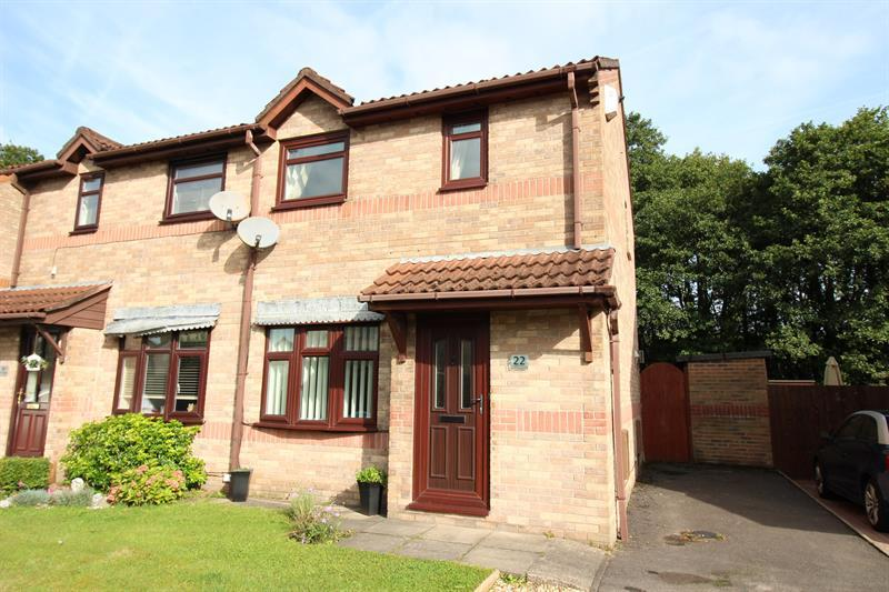 2 Bedrooms Semi Detached House for sale in Castell Morgraig, Caerphilly