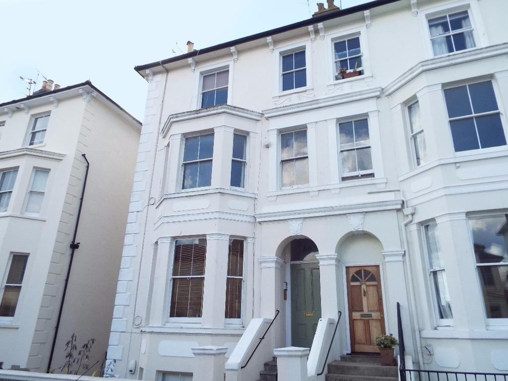 2 Bedrooms Flat for sale in Hova Villas Hove East Sussex BN3