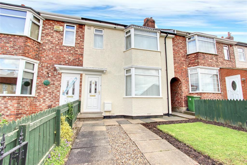 3 Bedrooms Terraced House for sale in The Hall Close, Ormesby