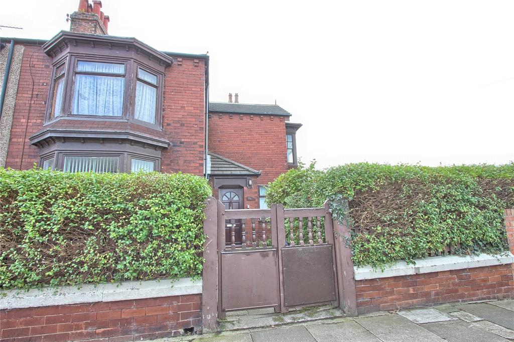 3 Bedrooms End Of Terrace House for sale in Lumley Road, Redcar