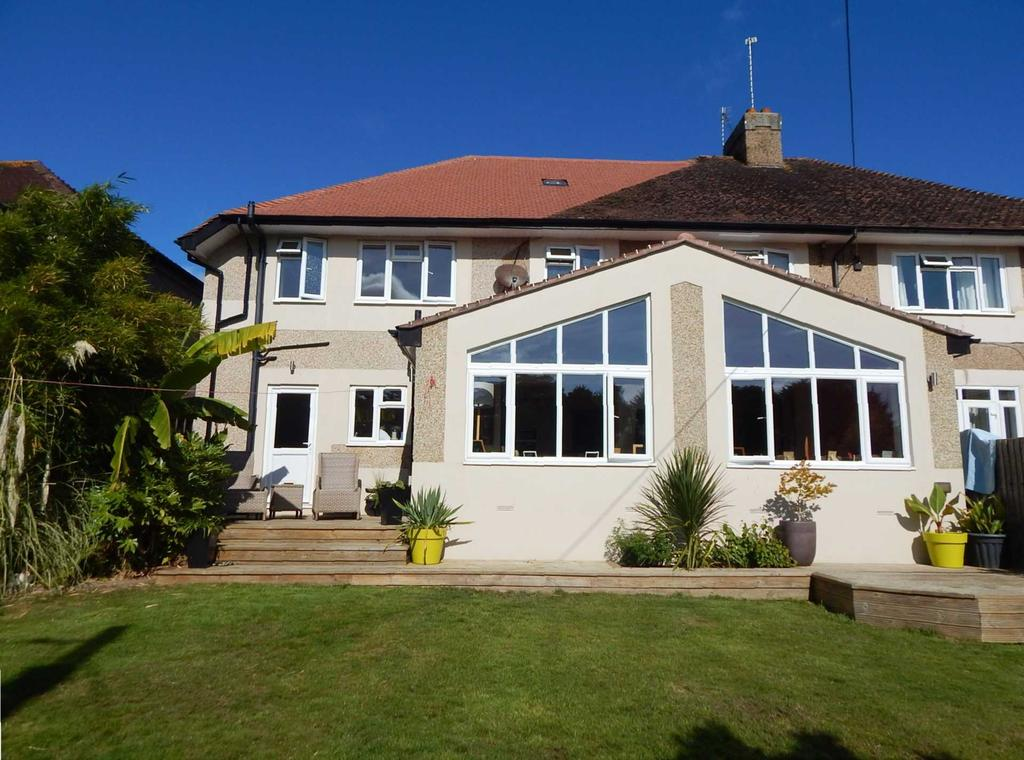 4 Bedrooms Semi Detached House for sale in Greenway, Seaton, Devon